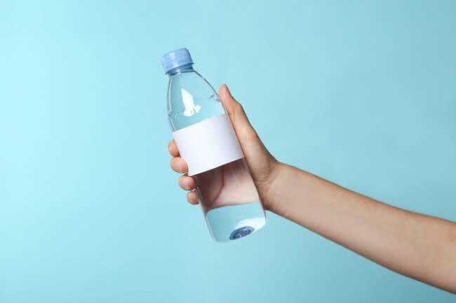 avoid drinking water out of plastic-2